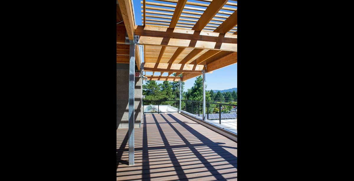 Vernier Exterior Deck