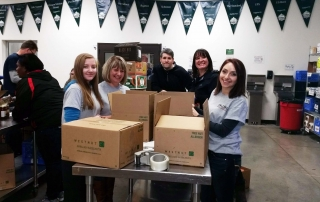 Oregon Food Bank Volunteers Feb 2016