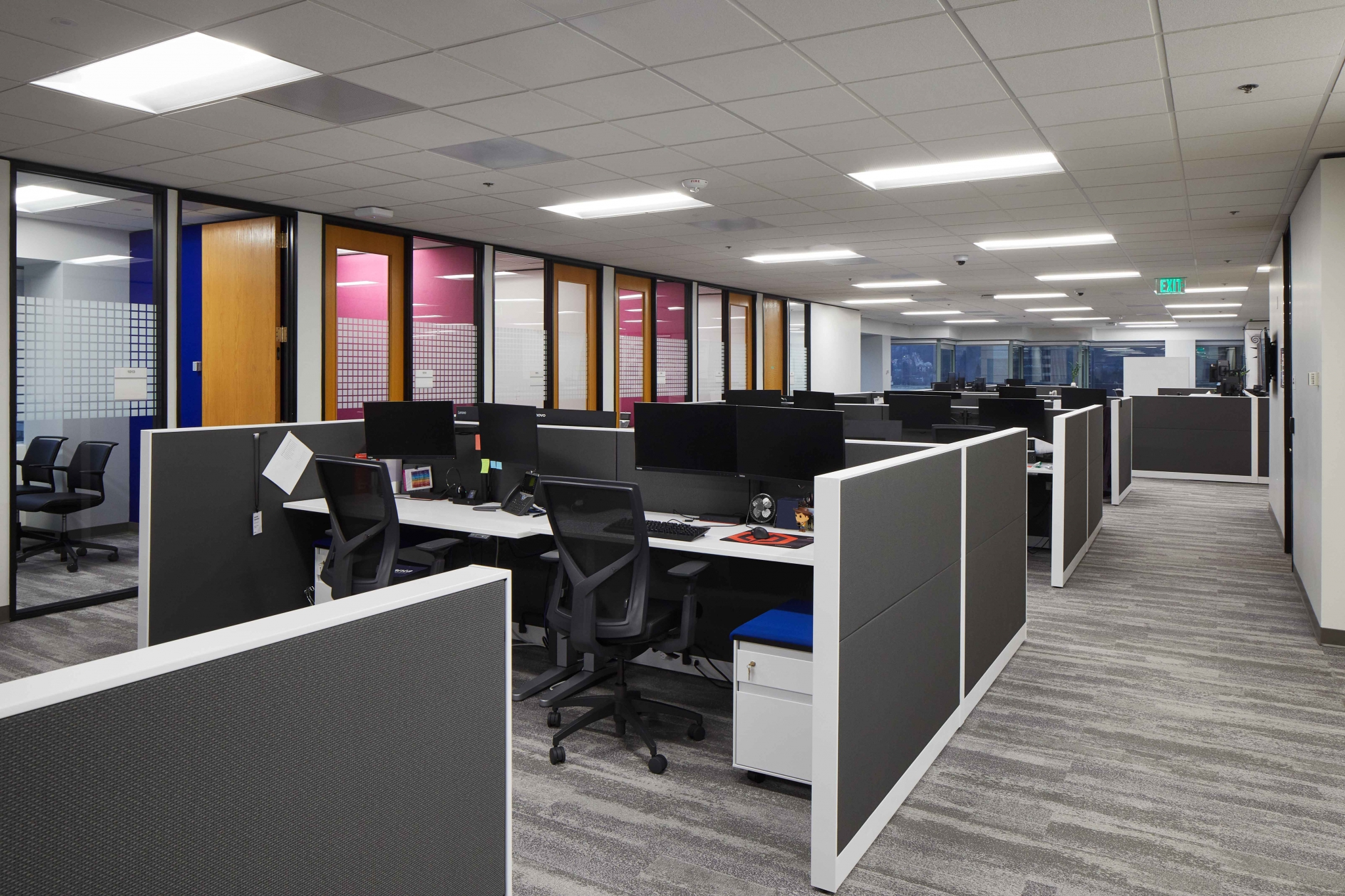 KOIN-10th-Cubicle